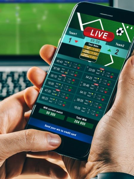 Best Strategy for Making Profits in Sports Betting